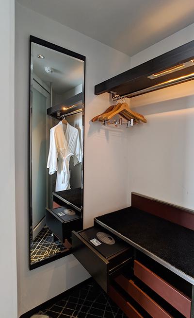 ニューオータニイン横浜プレミアム ホテル みなとみらい 横浜 部屋 クローゼット