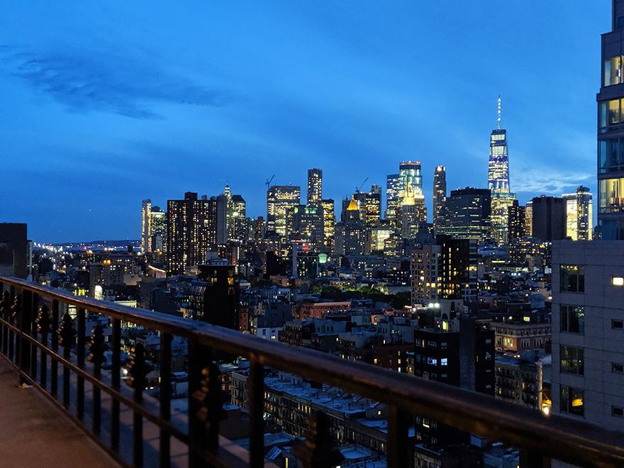 ニューヨーク旅行 ローワーイーストサイド The Ludlow Hotel ルドローホテル 部屋 夜景
