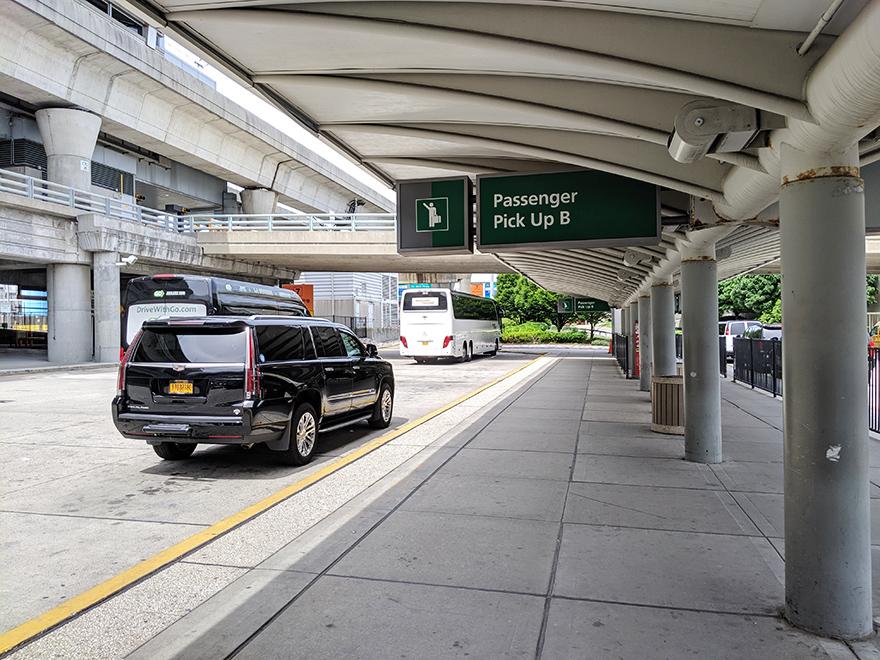 ニューヨーク旅行 JFK空港 Uber ウーバー