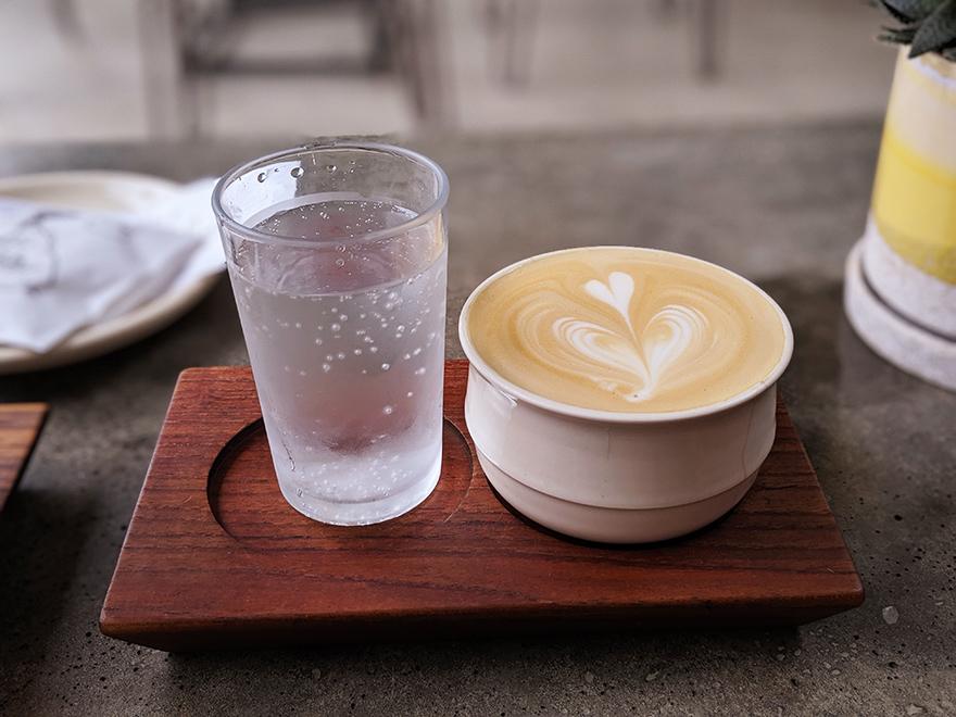 ニューヨーク SEY COFFEE ブルックリン カフェ カフェラテ