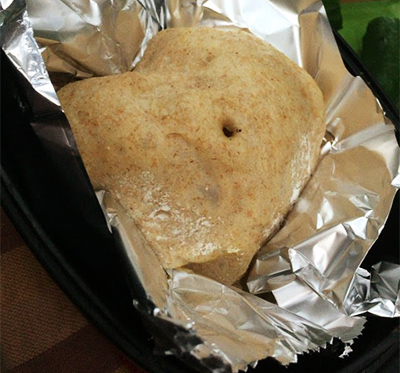 キャンプでスノーピークのダッチオーブンで作る自家製パン