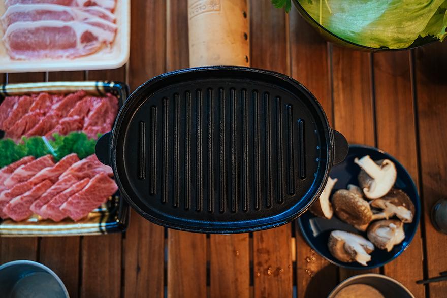スノーピークのダッチオーブンで焼肉
