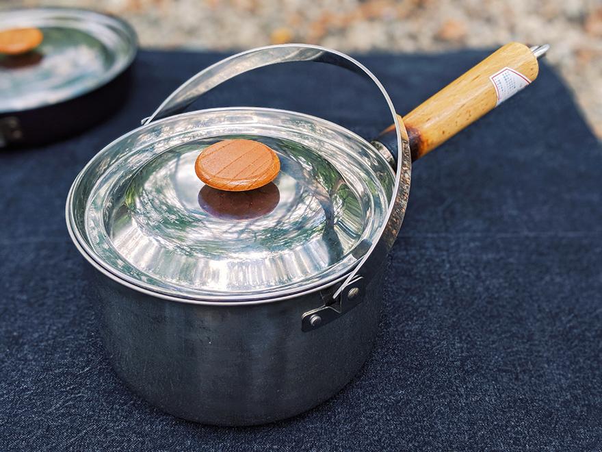 キャンプの調理器具「snowpeakのフィールドクッカー」