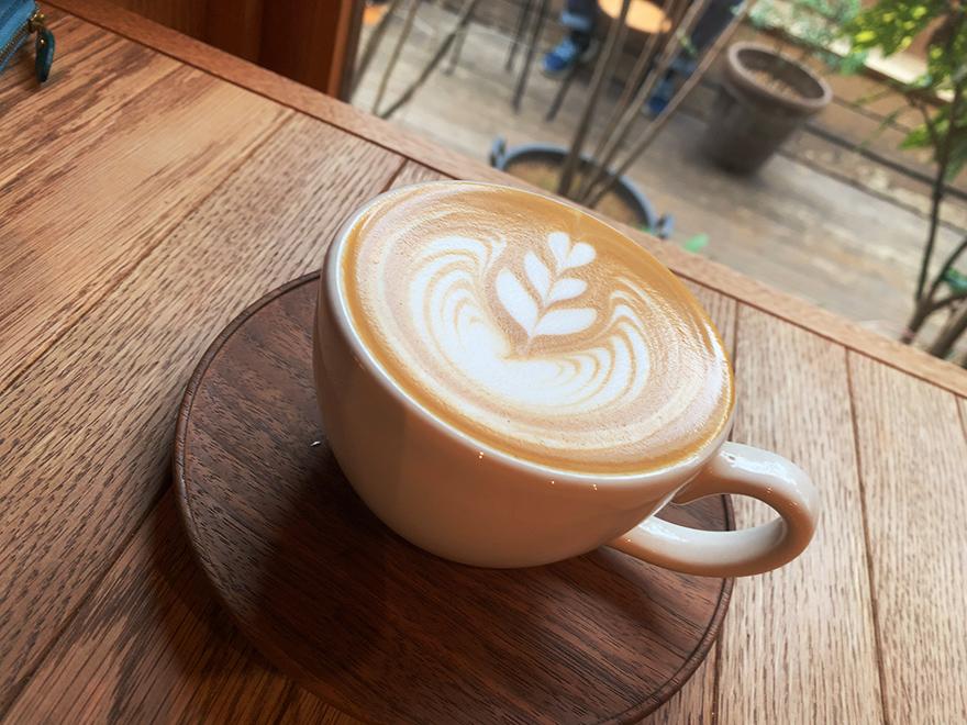 パドラーズコーヒーのカフェラテ