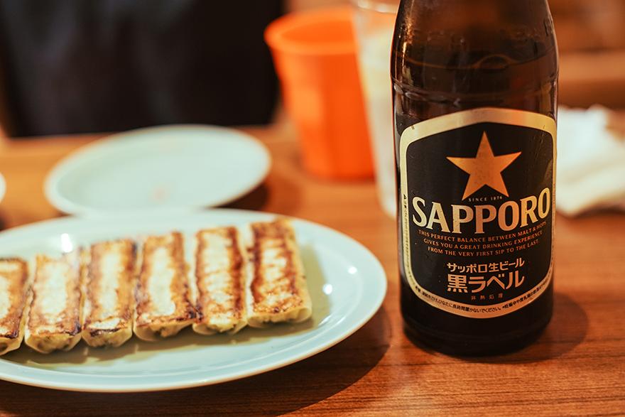 渋谷パルコにある「ヴィーガン居酒屋 真さか」のヴィーガン餃子